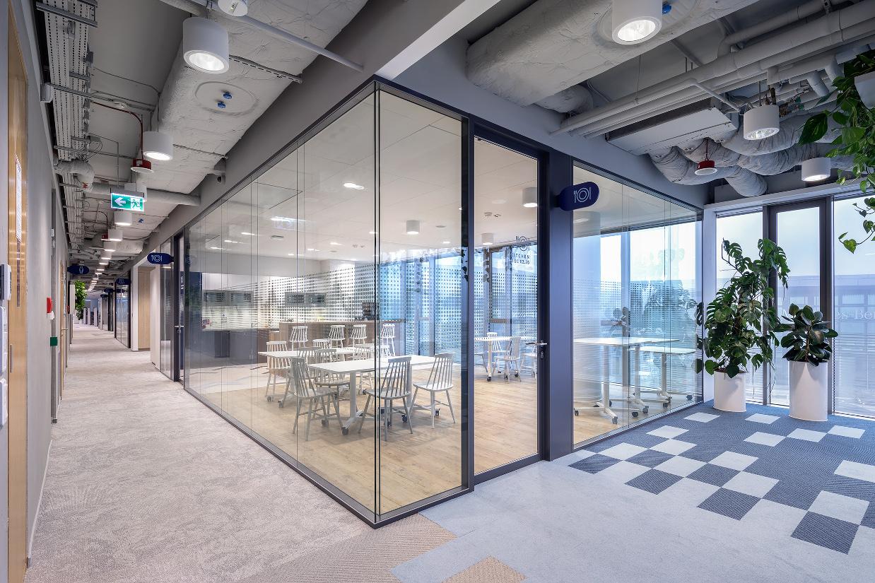 systemy ścian szklanych LIBRA BUSINESS CENTRE