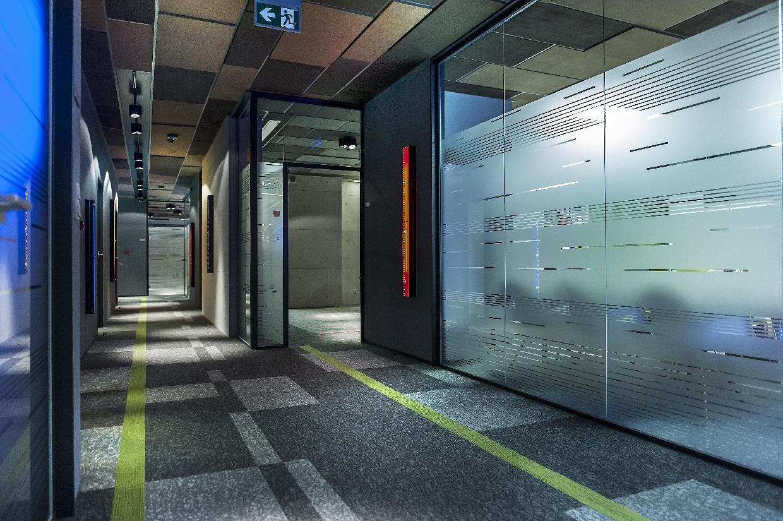 system ścian szklanych geberit